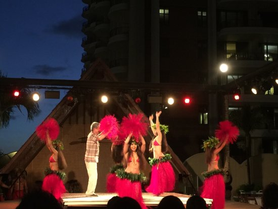 Waikiki Starlight Luau: photo1.jpg