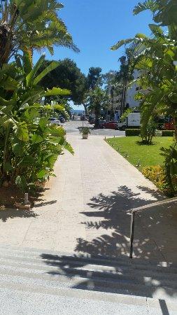 Hotel JS Alcudi-Mar: 20160622_112905_large.jpg