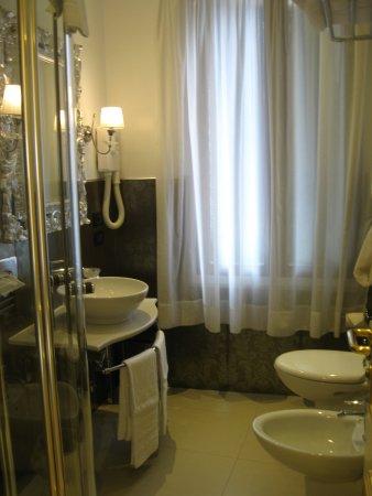 貝斯特韋斯特歐里姆匹亞威尼澤酒店照片