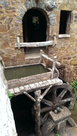 The Old Mill: Wheel