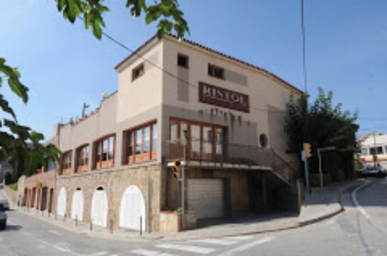 Viladecavalls, İspanya: Fachada