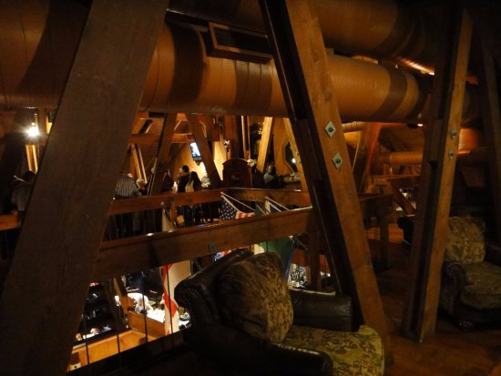 Pappy McGregor's Pub : Upstairs seating