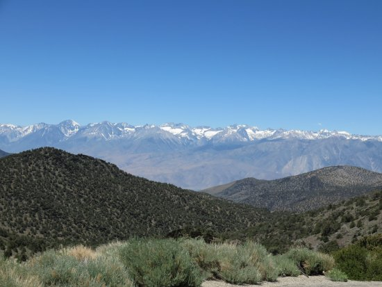 Inyo National Forest : view of east side of Sierra Nevada from the trail to the old Grandview Mine site