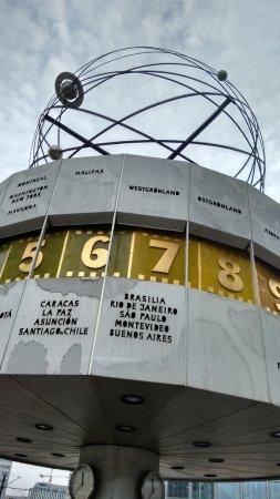 bded3645da2 Relógio mundial mostrando algumas cidades brasileiras - Foto de ...