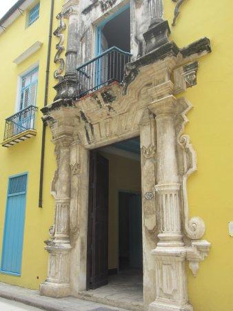 Casa De La Obrapia