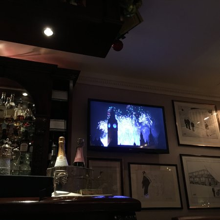 Egerton House Hotel: View from the bar of New Years