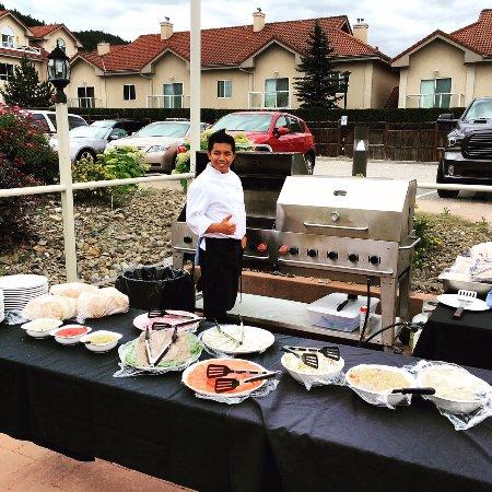Vernon, Kanada: BBQ on the Patio!