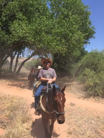 Trail Horse Adventures: Riding with Trailhorse Adventures in Dead Horse Ranch State Park