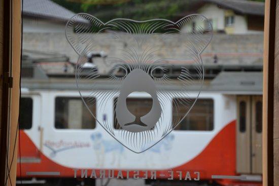Orsieres, Switzerland: Quai de l'Ours, Saveurs de Village
