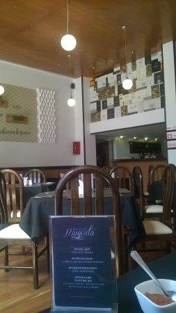 restaurant magenta