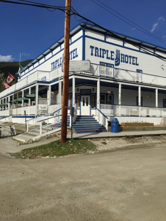 Triple J Hotel and Cabins : photo2.jpg