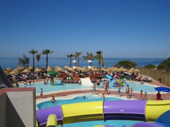 Vista desde los toboganes fotograf a de ohtels mazag n for Hoteles en huelva capital con piscina