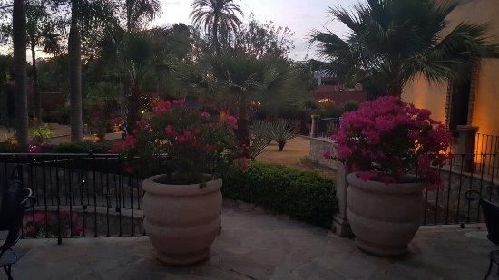 Hacienda De Los Santos: 20160621_192930_large.jpg