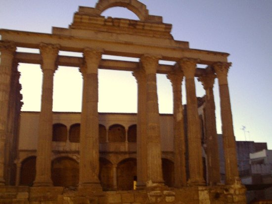 Templo Diana Frontal Fotografia De Templo De Diana Merida