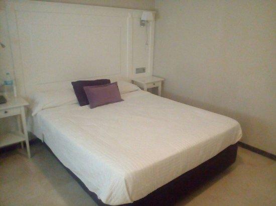 Hotel Sevilla : IMG-20160618-WA0003_large.jpg