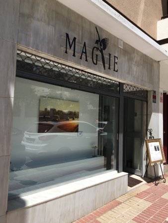Magpie International Art Gallery