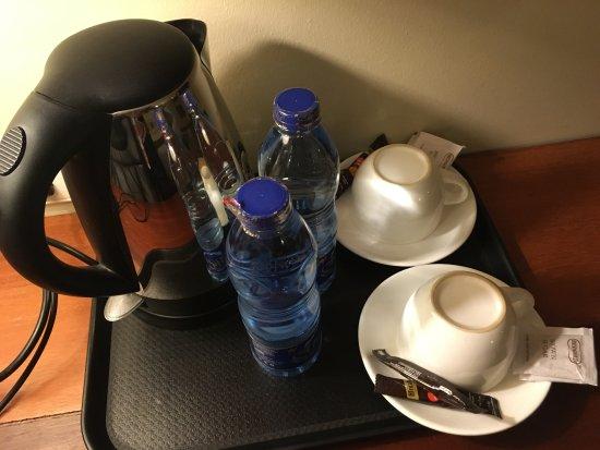 Seascape Hotel: Coffee station