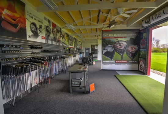 Miles Of Golf >> The Cluboratory At Miles Of Golf Get Custom Fit At Cincinnati S