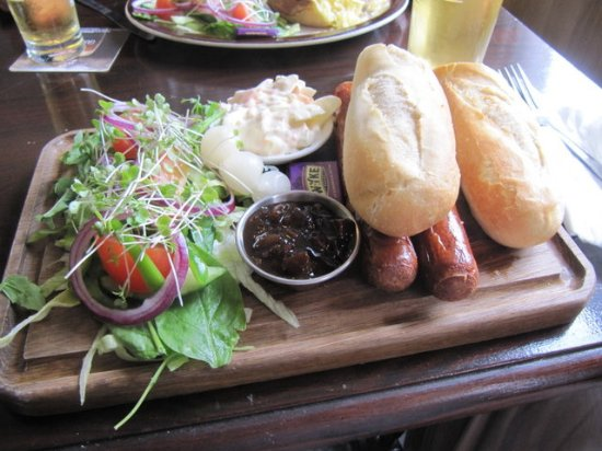 Surrey, UK: Super Sausage Ploughmans - and they were real British sausages, not Frankfurters!