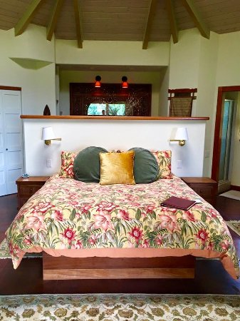 Aloha Cottage: The best bed EVER!!!!