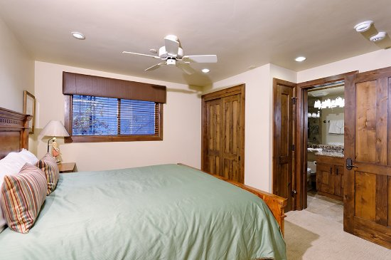 The Crestwood Condominiums: Premier Rated Bedroom