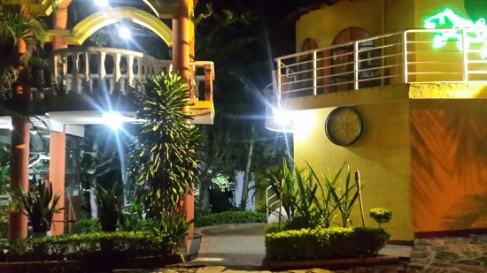 Hotel Posada Campestre San Gil: Parte frontal del Hotel