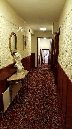 The Wellington Hotel : 20160521_193746_large.jpg