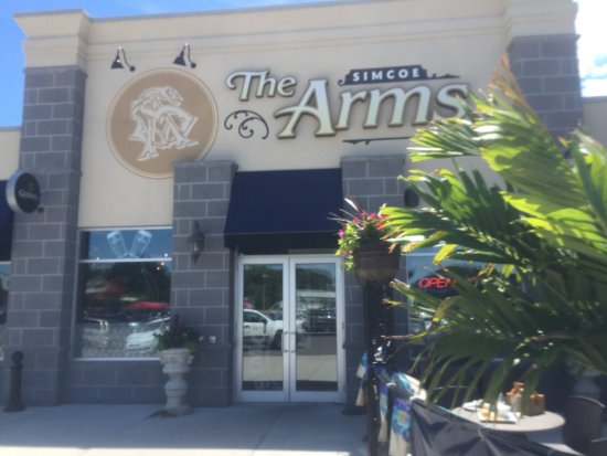 Simcoe Arms Picture
