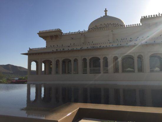 The Oberoi Udaivilas: vie from the pool area at the spa