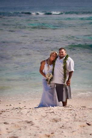 Foui, Tonga: Amazing couple on their wedding day. Now dear friends.
