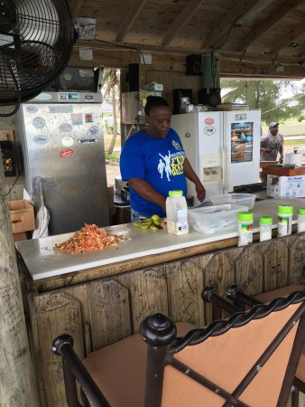 Bimini: Amazing conch salad.