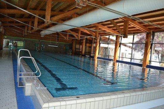 Nesselwang, เยอรมนี: Piscina natatoria.