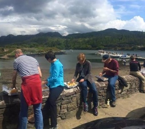 The Harbour Fish Bar: enjoying our fish & chips on the sea wall
