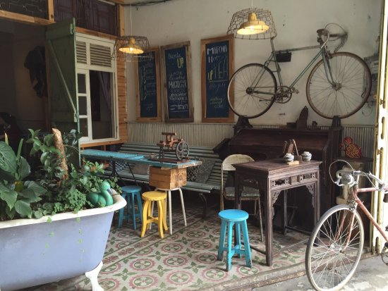 Bicycle Up Coffee Bar and Store: What a special place.