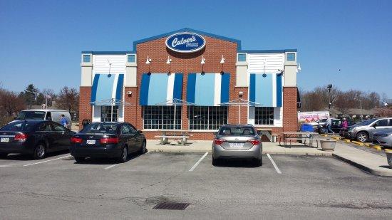 Reynoldsburg, OH: Front of restaurant