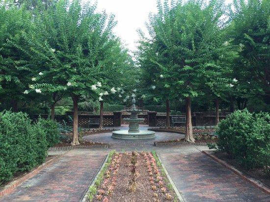 Sandhills Horticultural Gardens