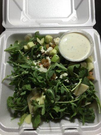 Williams, Kalifornien: Arugula Salad w/ the wrong dressing