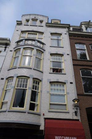 Amsterdam Wiechmann Hotel: Chambre au 2e