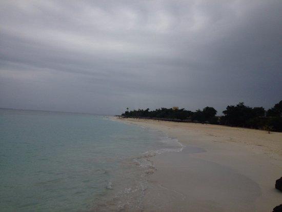 Decent Quiet Vacation