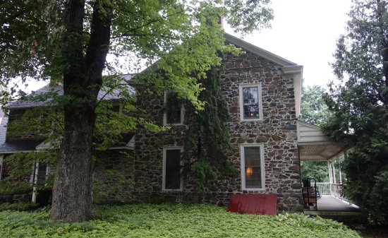 1732 Folke Stone Bed and Breakfast: Beautiful location.