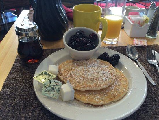 Four Points by Sheraton Philadelphia Northeast: breakfast