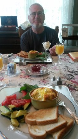 Fortville, IN: Breakfasts second course