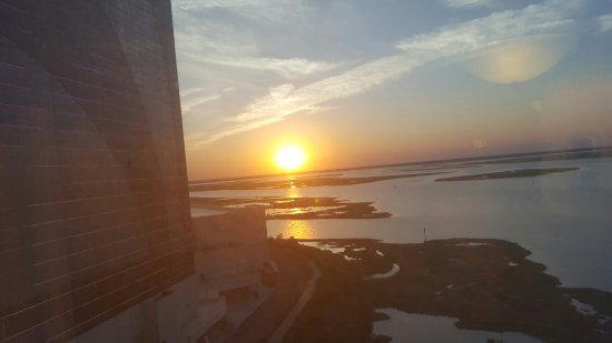 Harrah's Resort Atlantic City: 20160622_201446_large.jpg
