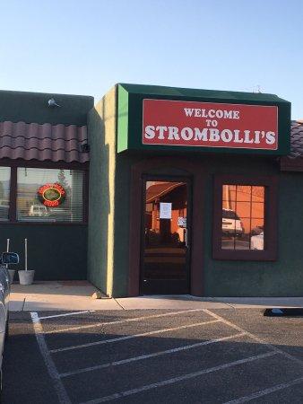 Stromboli's Pizzeria: photo0.jpg
