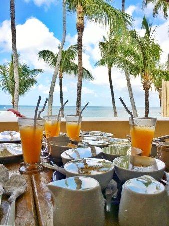 True Home Hotel, Boracay: breakfast at the veranda