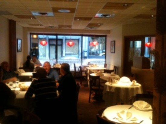 Restaurant Szechuan: Downstairs diningroom