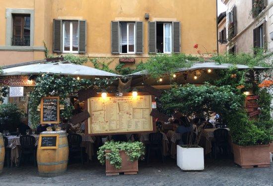 Fortyseven Hotel Rome: Dining in Trastevere