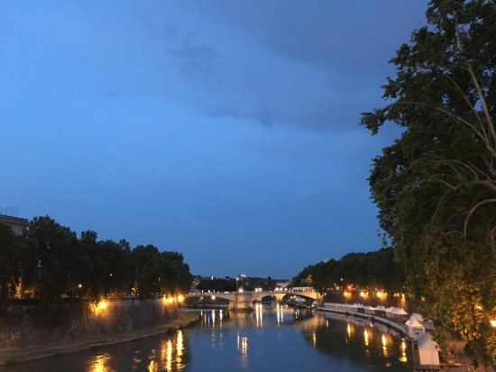 Fortyseven Hotel Rome: Trastevere at night along the river.