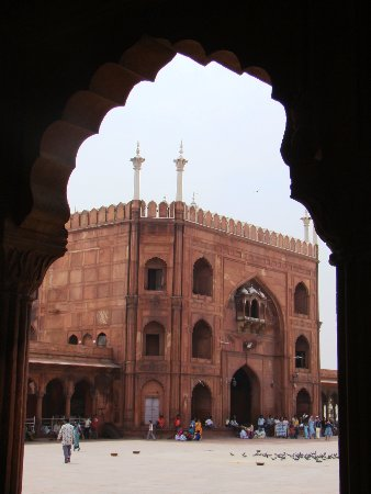 Friday Mosque (Jama Masjid): A view of the Shahi Gate, through which the Emperor would enter the mosque. It faces the Red For