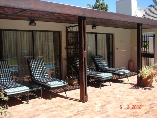 Majorca House : Verandah at pool